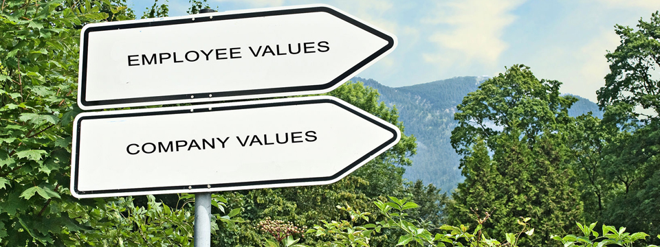 Is uw arbeidsvoorwaardenboek of personeelshandboek van deze tijd?